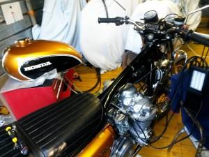 Equilibratura carburatori Honda CB 500 Four 2